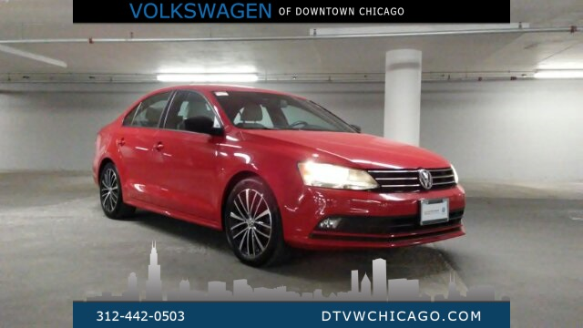 Certified Pre-Owned 2016 Volkswagen Jetta 1.8T Sport Navigation, push start, 17