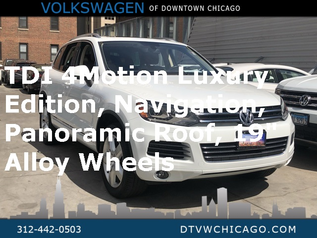 Pre-Owned 2012 Volkswagen Touareg V6 TDI Lux W/4 Motion Panoramic roof Navigation