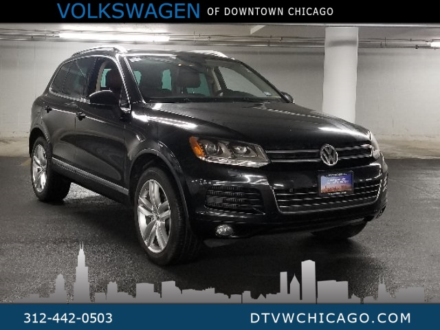 Pre-Owned 2011 Volkswagen Touareg V6 TDI Executive Fully Loaded