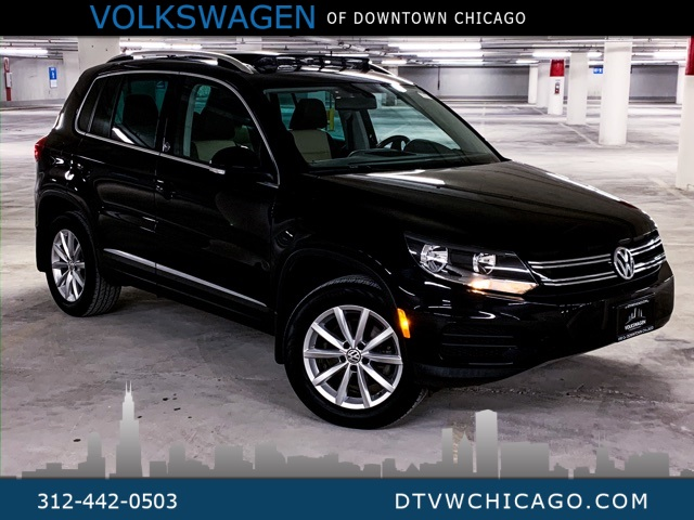 Certified Pre-Owned 2017 Volkswagen Tiguan Wolfsburg 4Motion APP-CONNECT/REAR CAMERA/PANOROOF/KESSY