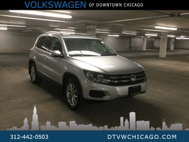 Certified Pre-Owned 2017 Volkswagen Tiguan Wolfsburg 4Motion Kessy/App-Connect/Rear Camera/Pano