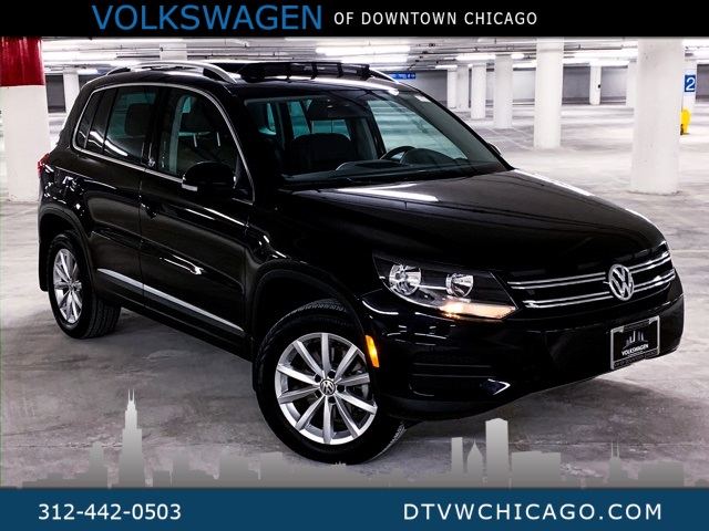 Certified Pre-Owned 2017 Volkswagen Tiguan Wolfsburg 4Motion APP-CONNECT/PANOROOF/REAR CAMERA/HEATED SE