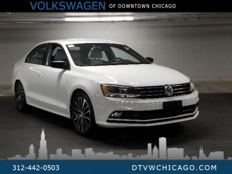 "Certified Pre-Owned 2016 Volkswagen Jetta 1.8T Sport Navigation, push start, 17"" alloys"