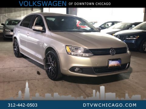 Pre-Owned 2013 Volkswagen Jetta TDI W/Premium and Navigation