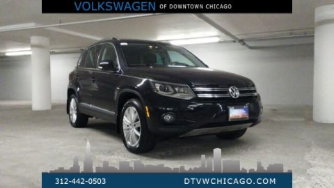 "Certified Pre-Owned 2016 Volkswagen Tiguan SE 4Motion NAVI/ PANOROOF/ KESSY/ 18"" ALLOYS"