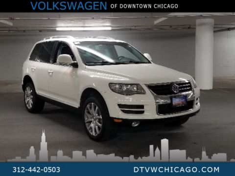 Pre-Owned 2010 Volkswagen Touareg V6 TDI LUX PACKAGE, PREMIUM TECHNOLOGIE PACKAGE