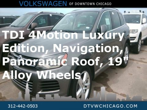 Pre-Owned 2011 Volkswagen Touareg V6 TDI Lux W/4 Motion Panoramic Roof & Navigation